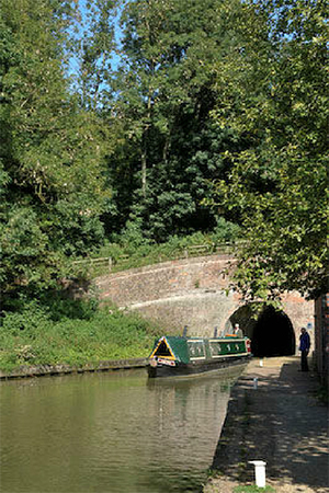 The Grand Union Canal runs through the heart of the village and offers a combination of locks and a tunnel